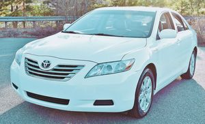 Tow package 09 Toyota Camry for Sale in Phenix City, AL
