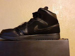 Air jordan 1 MID all black for Sale in Madera, CA