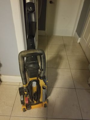 Vacuum for Sale in Opa-locka, FL