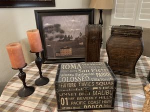 Various home decor for Sale in Goodyear, AZ