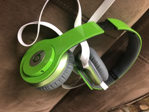 Beats by Dre for Sale in Cleveland, OH
