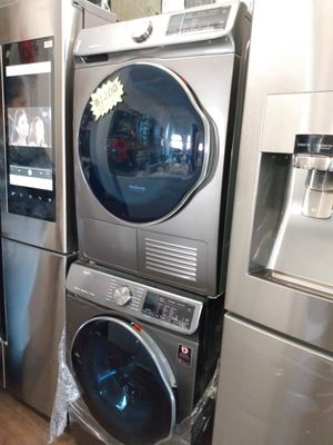 Samsung electric stackable 24 inch Brand New for Sale in San Clemente, CA