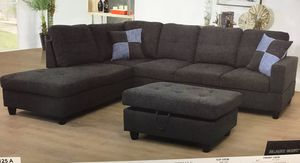 Charcoal sectional with ottoman ( new ) for Sale in Hayward, CA