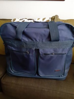 Large travel bag 23 in Long by 19 high 5 Rolling Wheels for Sale in Covina, CA