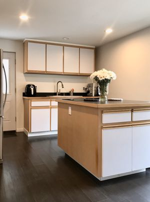 KITCHEN CABINETS + COUNTERTOPS + SINK + FAUCET for Sale in Seattle, WA