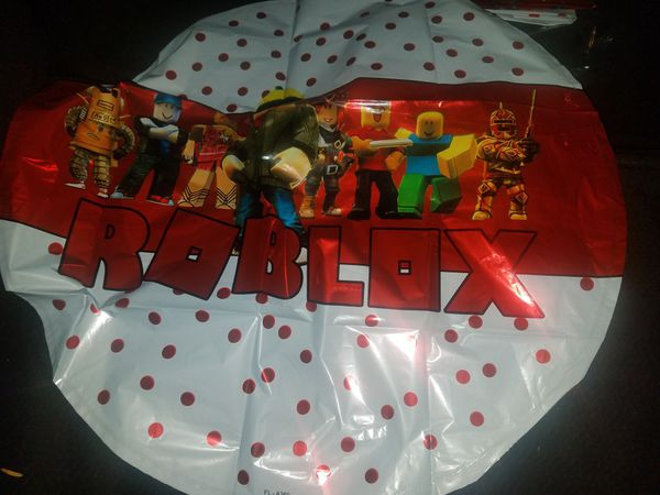 Roblox Happy birthday banner and 6 mylar balloons