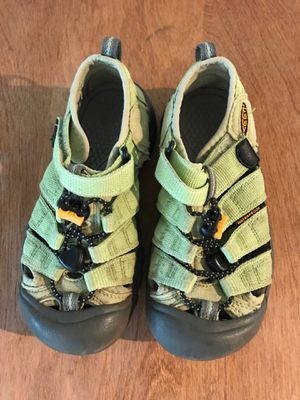 Keen Sandals/Water Shoes for Sale in Tumwater, WA