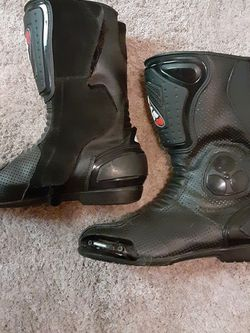 Bilt Riding Boots for Sale in Troutdale,  OR