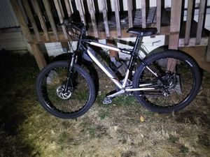Nice hardtail xc6 full disc brakes for Sale in SeaTac, WA