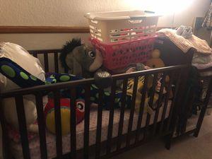 Crib for Sale in Moreno Valley, CA