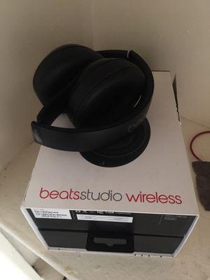 All black beats studio wireless... for Sale in Washington, DC