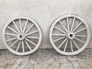 Wagon wheels old western for Sale in Riverside, CA