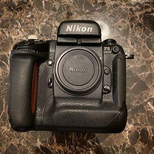 Nikon F5 for Sale in Lathrop, CA