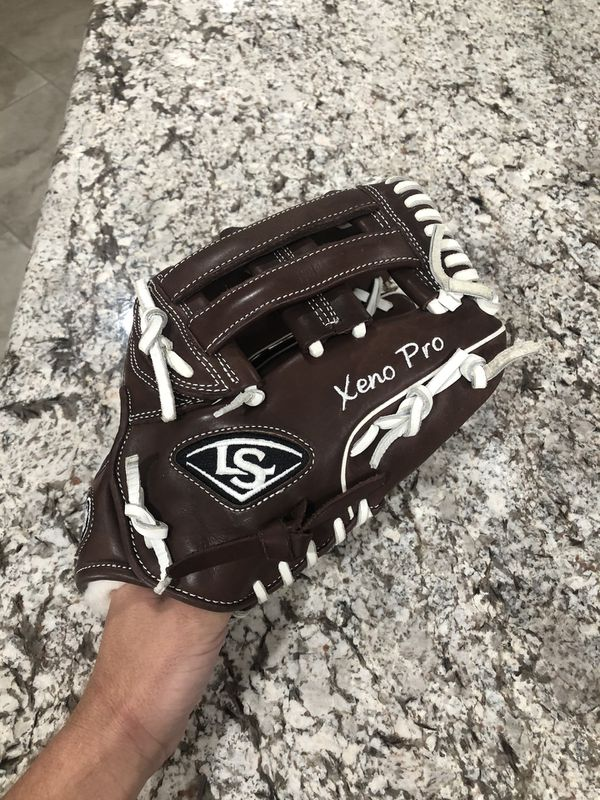 Louisville Xeno Pro Glove
