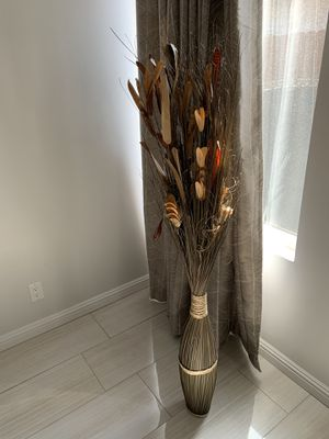 Decorative piece for living room or dining room for Sale in Beverly Hills, CA