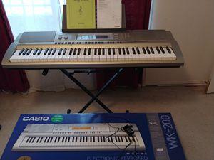 Casio WK-200 76key electronic keyboard for Sale in McKinney, TX