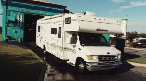 2000 Coachmen Leprechaun
