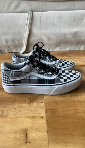 VANS PLATFORM OLD SKOOLS for Sale in Seattle, WA