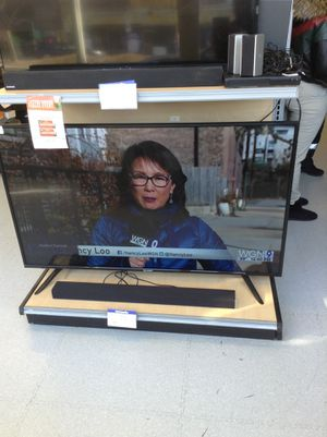 Sharp 60 inch Tv for Sale in Chicago, IL