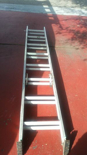 Ladder Aluminum 16' (Louisville) for Sale in Fort Lauderdale, FL