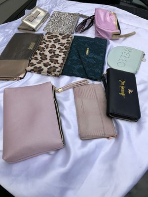 (Lightly-Used)clutch purses ($46) for the lot for Sale in Marrero, LA