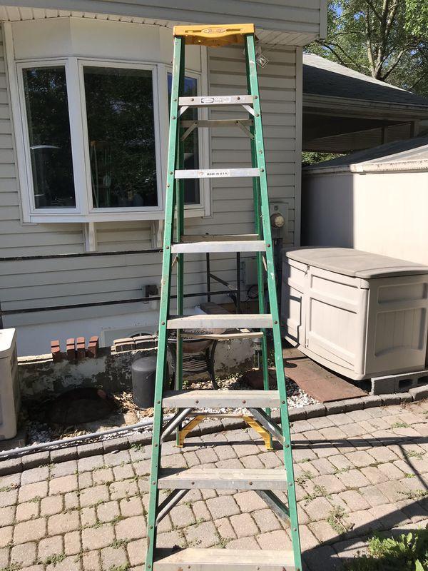 Werner 8 ft fiberglass ladder