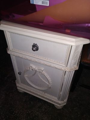 Antique Night Stand for Sale in Southfield, MI