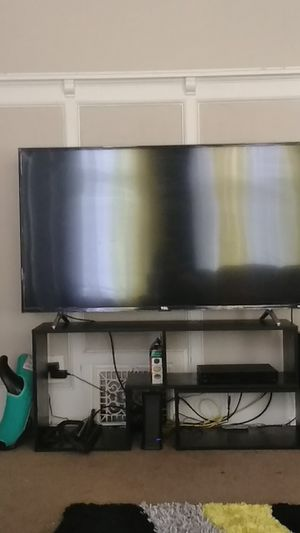 TCL ROKU TV 55 INCH BROKE SCREEN EASY FIX for Sale in Milwaukee, WI