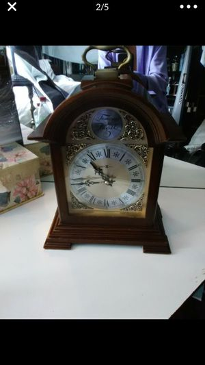 Howard Miller baby grand grandfather clock, tempus digit for Sale in Lake Forest, CA