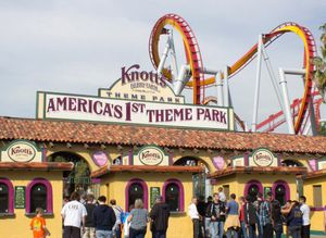Knotts Berry Farm Tickets for Sale in Baldwin Park, CA
