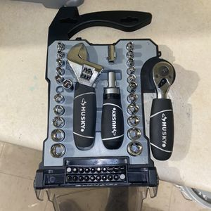 Husky 46 Piece Stubby Combination Wrench And Socket Set for Sale in Brooklyn, NY