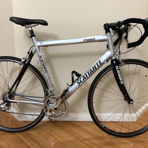 LIKE NEW Scattante R660 Ultralight road bikes-Hybrid bikes-Road bikes for Sale in Vancouver, WA