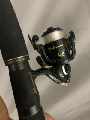 Shakespeare Ugly Stik - 6ft two piece fishing rod and reel for Sale in San Diego, CA