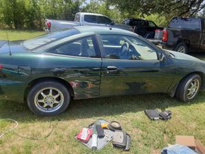01 Chevy cavalier 146xxx miles ac works runs drives needs paint job lol tlc but great daily driver for Sale in WHT SETTLEMT, TX
