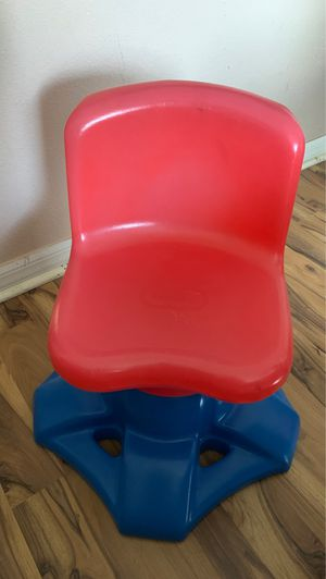 Little Tikes red and blue kids chair for Sale in Plant City, FL