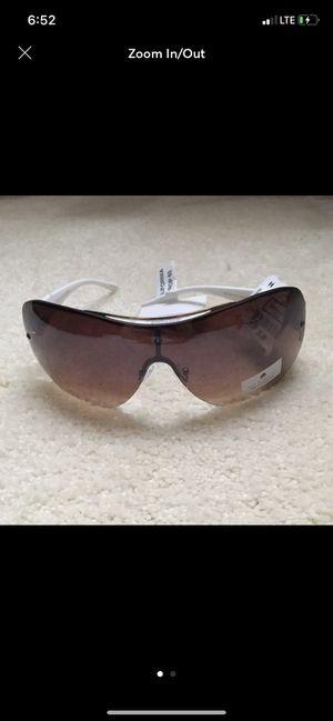 NWT Sunglasses-each for Sale in Lehighton, PA