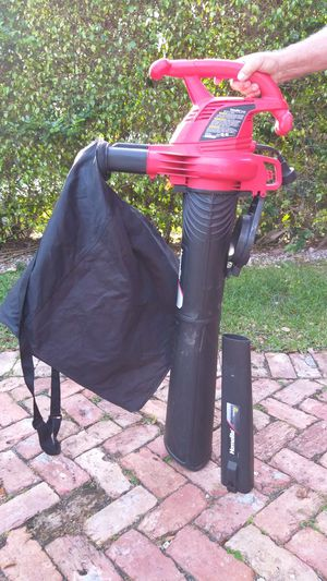 Leaf blower and vacuum for Sale in Miami, FL