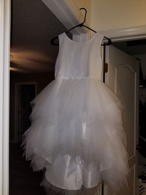 White Flower Girl Dress & Gold Shoes for Sale in Tampa, FL