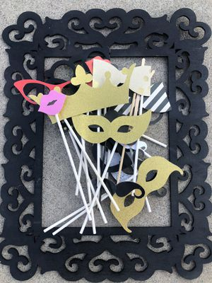 Photo booth frame and props for Sale in Corona, CA