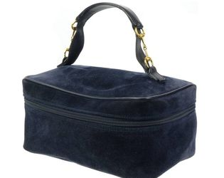 GUCCI Authentic Navy Suede Makeup Bag / Case Vintage for Sale in Bellevue,  WA