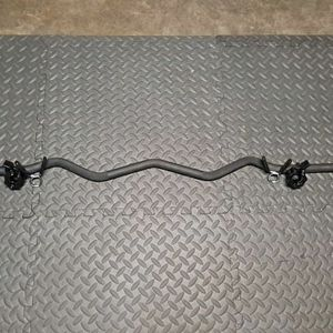 """GOLD'S GYM 47""""x 1""""SOLID STEEL (BLACK) CURL BAR $40 FIRM; COLLARS ARE NOT INCLUDED but AVAILABLE for Sale in Houston, TX"""