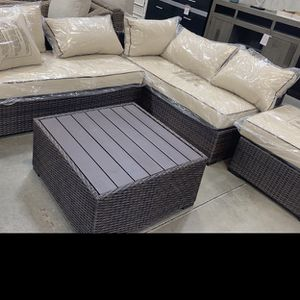 Outdoor Patio Set for Sale in Fresno, CA