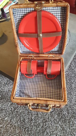 Small picnic basket for one or two, new for Sale in Allendale Charter Township, MI