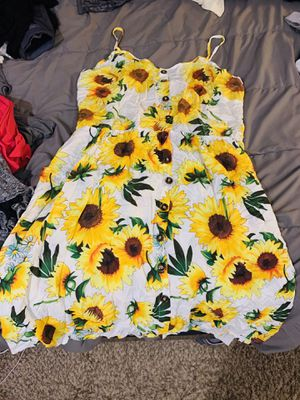 Plus size clothes bunch (sweaters, dresses, lingerie, raincoat, leggings, shirts, etc) for Sale in Federal Way, WA