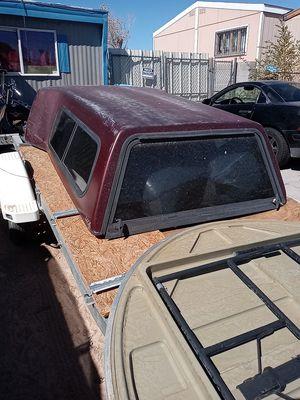 Leer crown camper shell for Sale in Las Vegas, NV