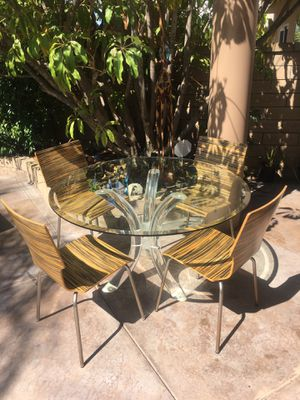 Contemporary Glass and Lucite Table with Four Chairs for Sale in Mission Viejo, CA