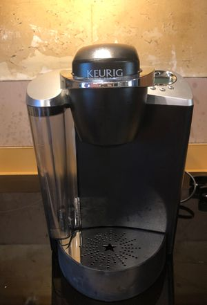Keurig coffee maker complete with filter for Sale in Central Falls, RI