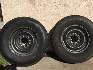 Llantas para Traila Buena condición for Sale in Fresno, CA