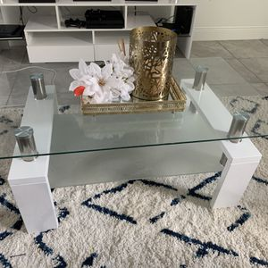 Coffee Table for Sale in Kissimmee, FL
