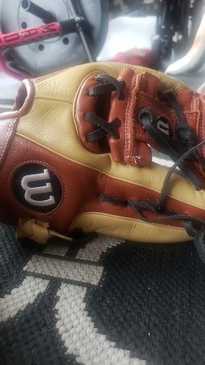 Wilson A550 for Sale in Riverview, FL